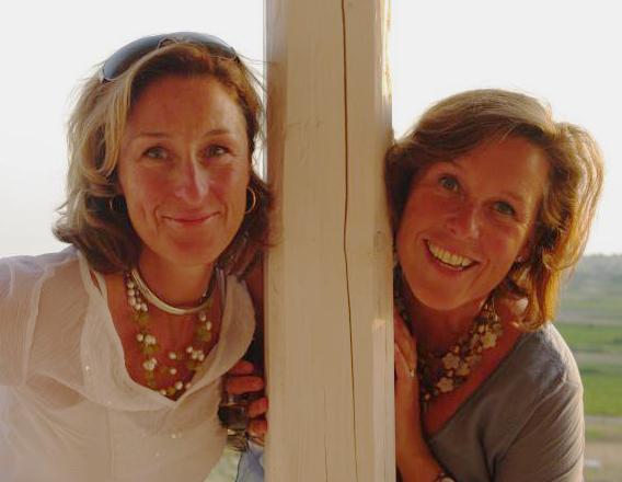 systrar med exklusiv olivolja från egen olivlund på Sicilien